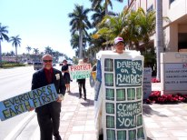 This costume came back out to the streets after having been created in the fight against Scripps back in 2005