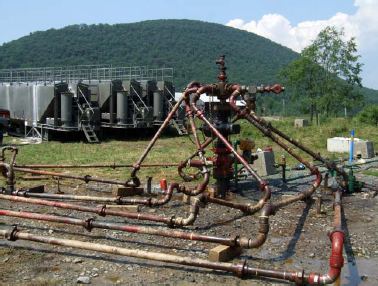 """hydrofracking in new york For this reason, in new york state, the governor has imposed a de-facto moratorium on the method for gas production: """"hydrofracking"""" or high-volume hydraulic fracturing (hvhf), pending completion of further environmental and public health studies."""