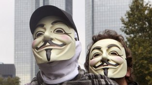 Wearing a Mask at a Riot is Now a Crime in Canada Guyfawkscanada