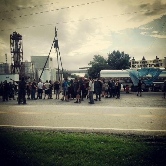 EF Momentive blockade NC 2013