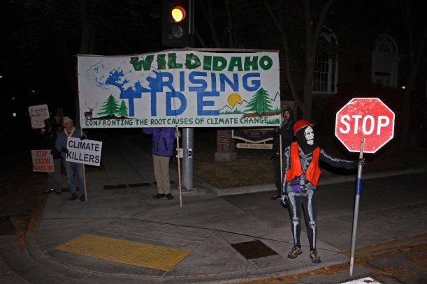 wild-idaho-rising-tide-on-corner